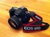 Digitalni-fotoaparat-Canon-EOS-60D-objektivy-notebook-HP-
