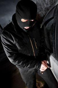 Zloději kradou náhradní díly z vozidel